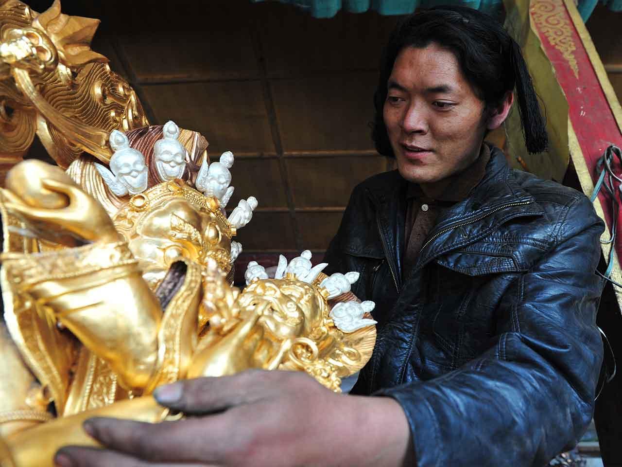 Tibet Handicraft center tour