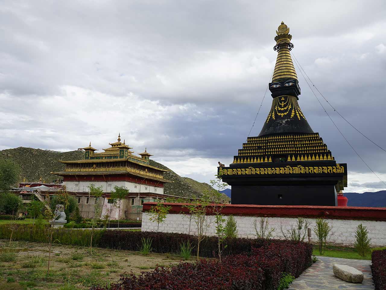 Lhasa-Tsedang-Gyantse-Shigatse-Namtso Lake Tour