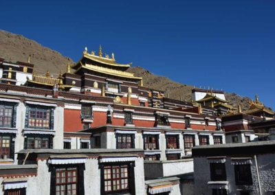 Tashi-Lhunpo-Monastery-in-Shigatse