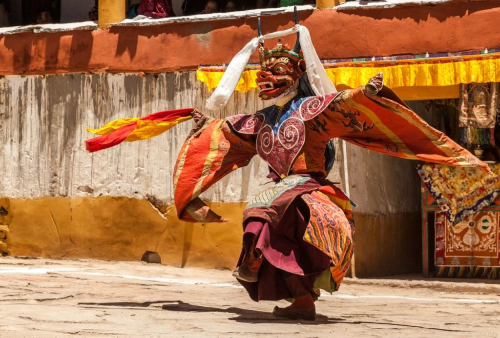 Experience the real Tibetan culture