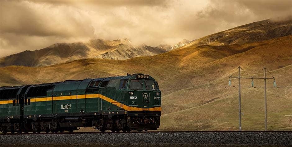 Xining to Lhasa Train